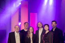 V.l.n.r.: Lutz Kuckuck (GF Radiozentrale), Matthias Wahl (GF RMS), Grit Leithäuser (GF Radiozentrale), Götz Ulmer (Vorsitzender der Jury), Nina Sonnenberg (Moderatorin), Oliver Adrian (GF AS&S Radio)