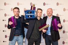 Gewinner Best Brand und Audience Award: Björn Kaas (ad.quarter), Tom Krause (ad.quarter), Ulrich Beuth (Flensburger Brauerei)